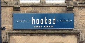 hooked-alnmouth